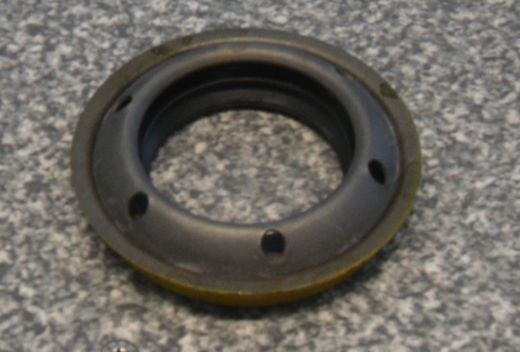 CD4E axle seal