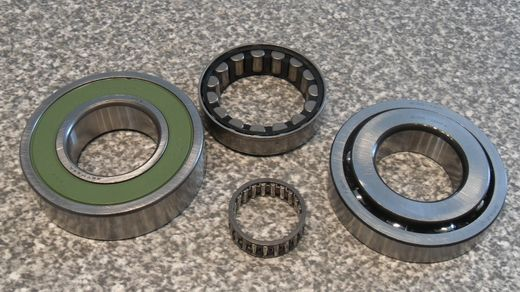 CFT23 CVT bearing kit/laakerisarja Ford